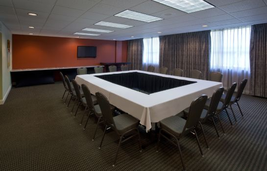 Conference room Red Lion Seattle Airport