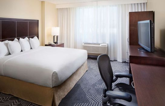 Camera DoubleTree by Hilton Los Angeles  Commerce
