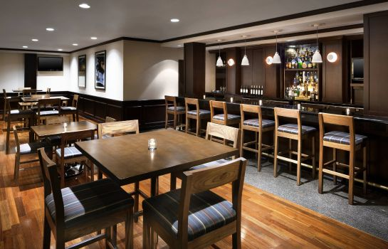 Restaurant Four Points by Sheraton Richmond Airport