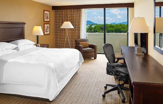 Zimmer Sheraton Roanoke Hotel & Conference Center