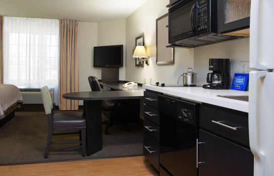 Zimmer Candlewood Suites CLEARWATER