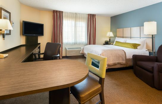 Zimmer Candlewood Suites CHICAGO-O`HARE