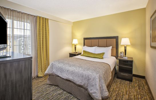 Zimmer Candlewood Suites INDIANAPOLIS