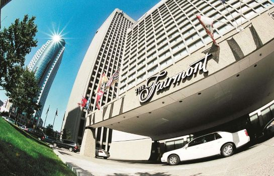 Exterior view Fairmont Winnipeg