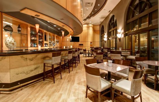 Bar hotelowy DoubleTree by Hilton Toronto Downtown