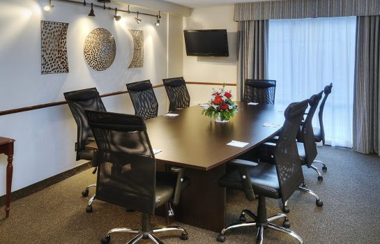 Conference room Quality Hotel Montreal East