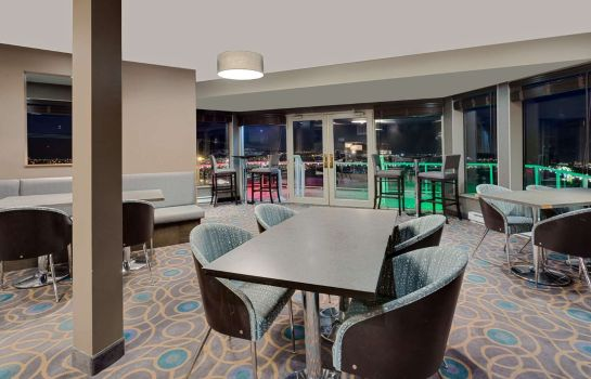 Hotel bar RAMADA KAMLOOPS