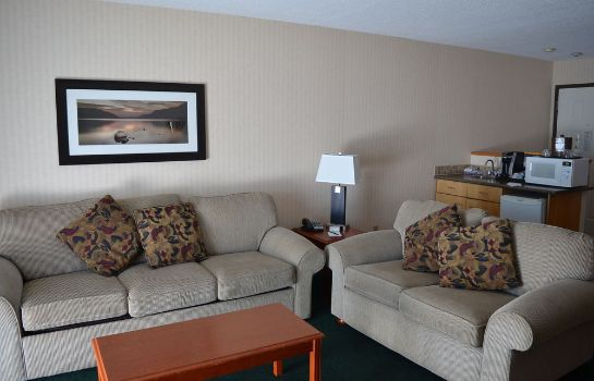 Suite Inn On Long Lake