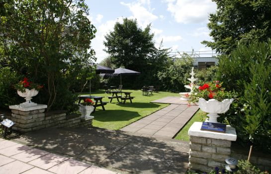 Garden London Croydon Aerodrome Hotel Signature Collection by Best Western