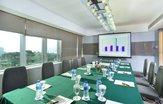 Conference room Metropark Hotel Causeway Bay