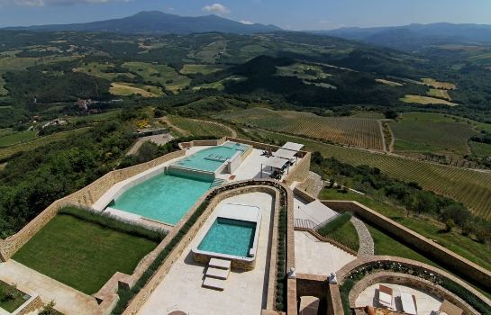 Picture Castello di Velona SPA Resort & Winery