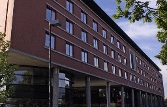 Buitenaanzicht Van der Valk Hotel Maastricht (Free Entrance Wellness Center)
