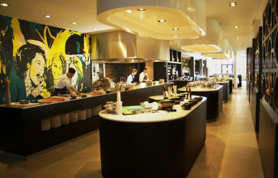 Restaurant 2 Van der Valk Hotel Maastricht (Free Entrance Wellness Center)