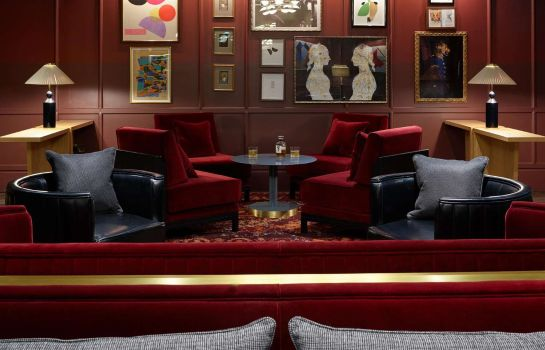 Restaurant The Trafalgar St. James London Curio Collection by Hilton