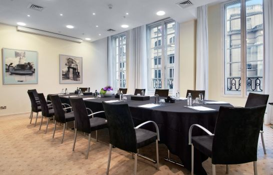 Conference room The Trafalgar St. James London Curio Collection by Hilton