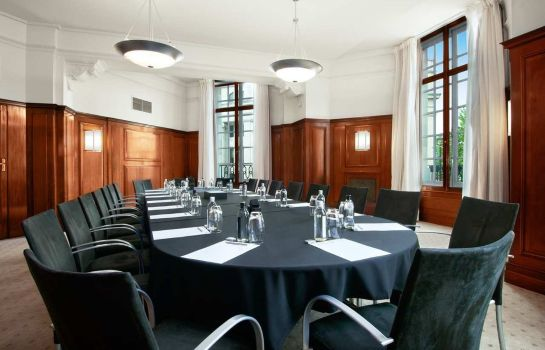 Conference room Trafalgar St James Curio by Hilton