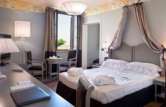 Suite UNAHOTELS Palazzo Mannaioni Toscana