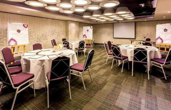 Conference room Grand Mercure Bangkok Fortune