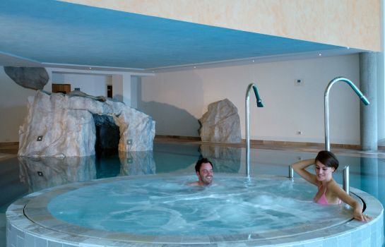 Whirlpool Alpen Resort Belvedere Wellness & Beauty