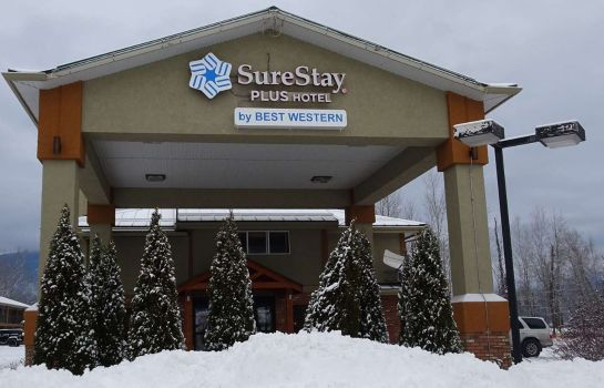Vista exterior SureStay Plus Hotel By Best Western Salmon Arm