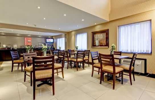 Restaurante Comfort Inn East
