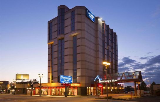 Widok zewnętrzny Travelodge Hotel by Wyndham Niagara Falls By the Falls
