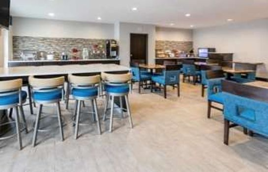 Restaurant HAWTHORN SUITES BY WYNDHAM DFW