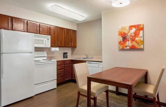 Hotel bar Homewood Suites by Hilton Dallas-DFW Airport N-Grapevine