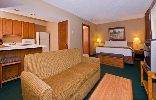 Zimmer ARBOR SUITES AT THE MALL