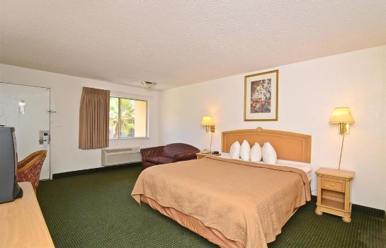 Zimmer Americas Best Value Inn Merced