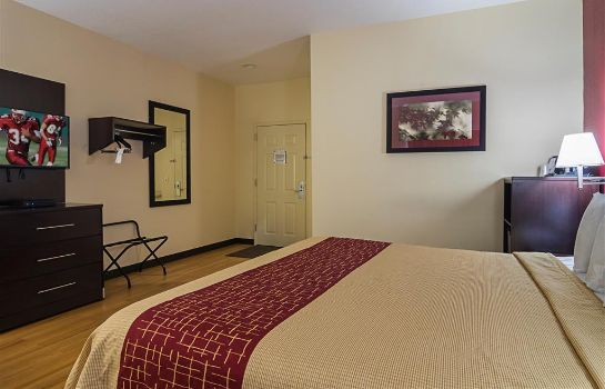 Room Red Roof Lake Orion Auburn Hills