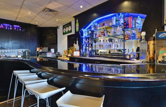 Hotel-Bar BEST WESTERN PLUS NEWARK ARPRT