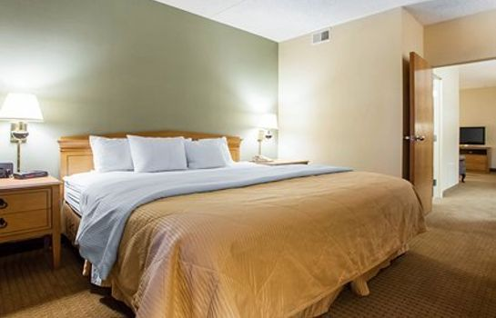 Suite Four Points by Sheraton Milwaukee Airport