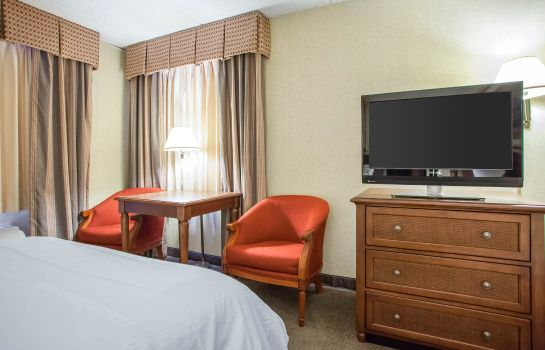 Zimmer Four Points by Sheraton Milwaukee Airport