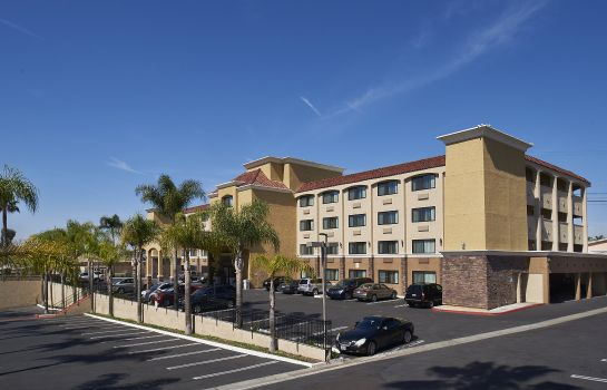 Außenansicht Holiday Inn Express SAN DIEGO SOUTH-NATIONAL CITY