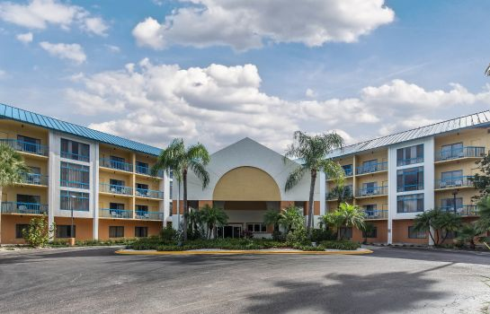 Exterior view Comfort Inn and Executive Suites