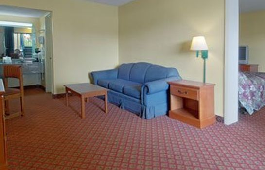 Zimmer TRAVELODGE OCALA