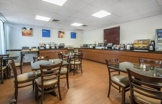 Restauracja Comfort Inn and Suites Fort Lauderdale W