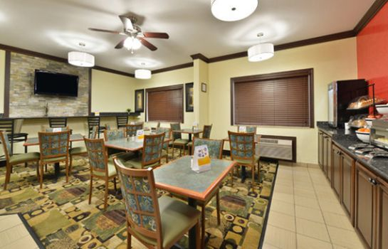 Restaurant Quality Inn at Collins Road - Cedar Rapi