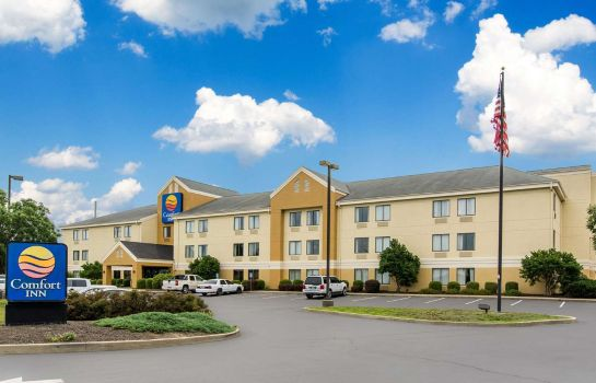 Exterior view Comfort Inn East