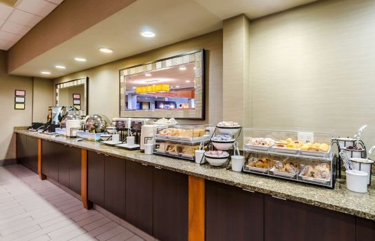 Restaurant Comfort Inn & Suites Logan International Airport