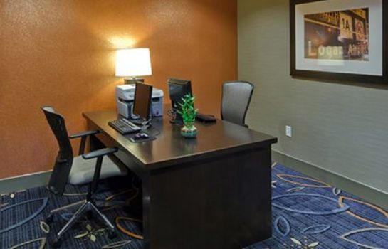 Info Comfort Inn & Suites Logan International Airport