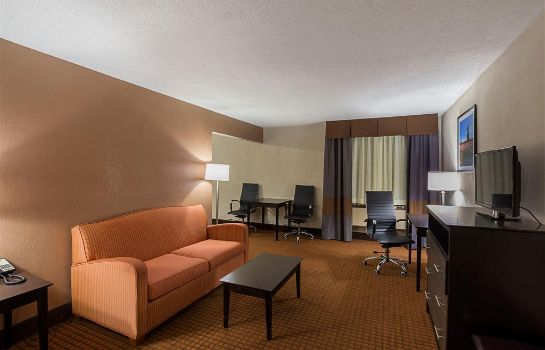 Zimmer Quality Inn and Suites Holland