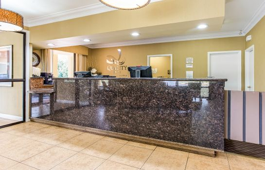 Lobby Quality Inn Corinth