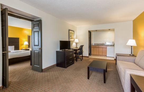Suite Quality Inn Corinth