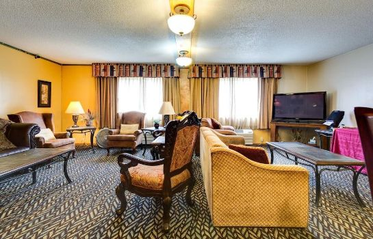 Info Fireside Inn & Suites