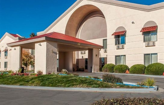 Außenansicht Quality Inn and Suites Farmington