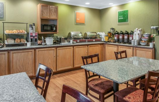 Restaurant Comfort Inn Farmington