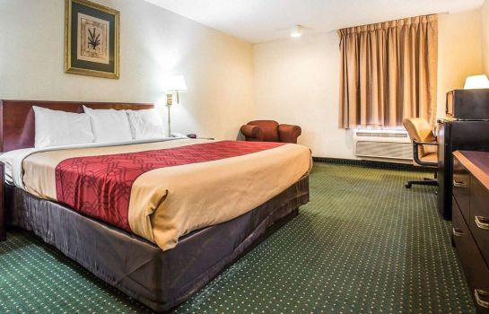 Zimmer Econo Lodge Inn & Suites Fort Jackson area