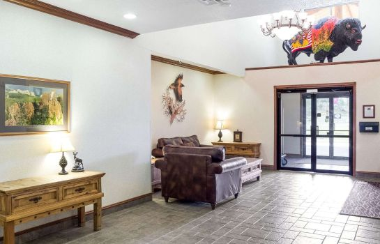 Lobby Comfort Inn & Suites near Black Hills Parks and Forests